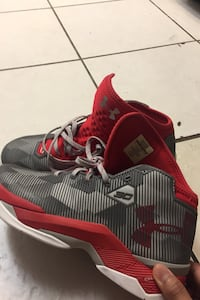Curry's 2.5 Basketball Shoes