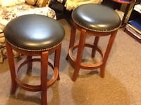 Bar chair ,  2' height  very good condition  Germantown, 20874
