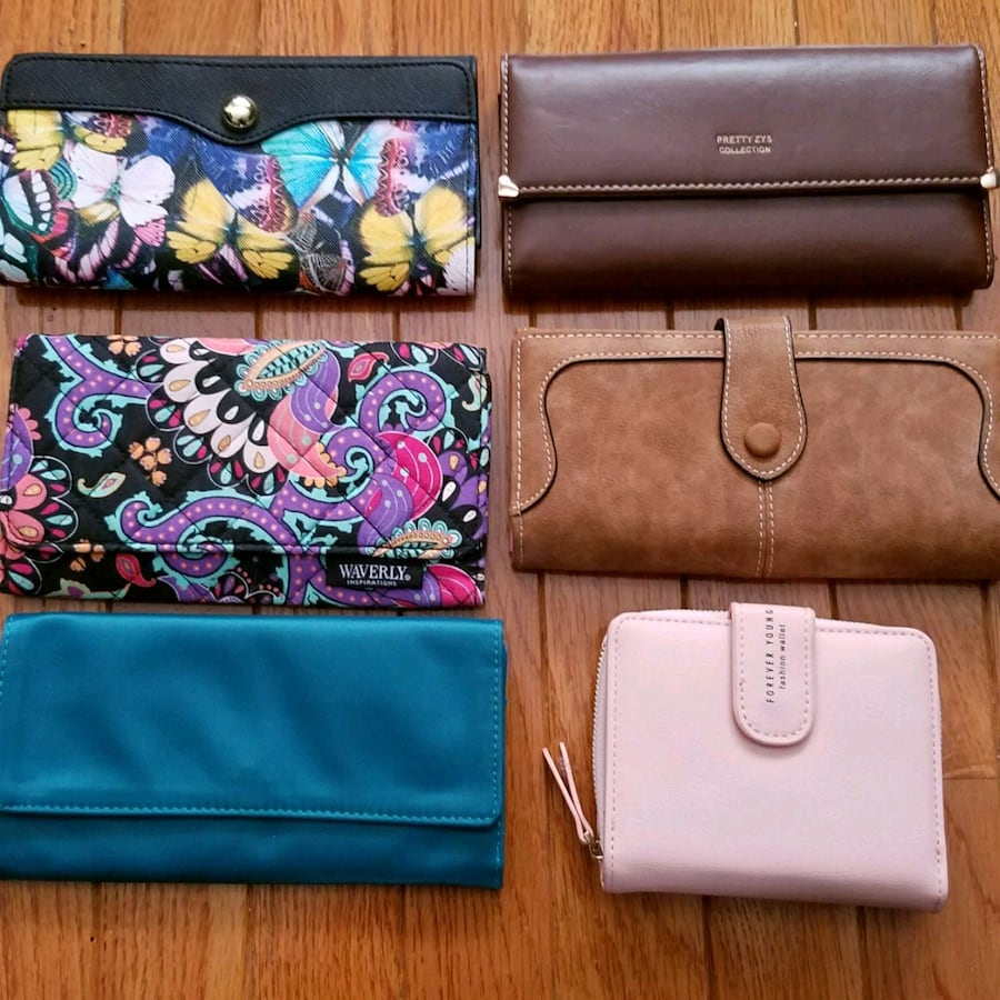 Assorted Wallets.