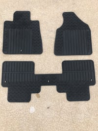 Chevy Traverse all weather mats Saint Charles, 63303