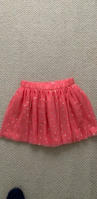 Girl's skirt ( New) size 10 Bear, 19701