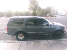 2001 Ford Expedition Base