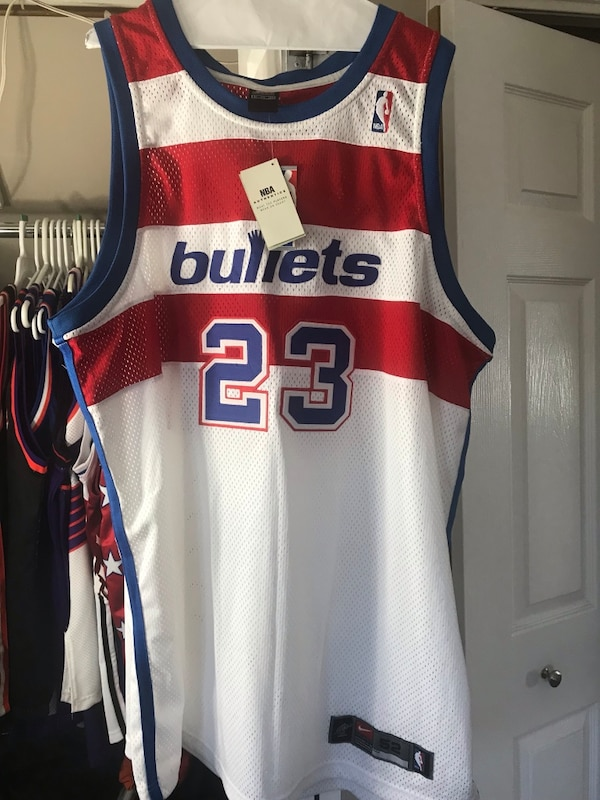 893452401b4ded Jordan bullets throwback jersey usado en venta en Wantagh - letgo