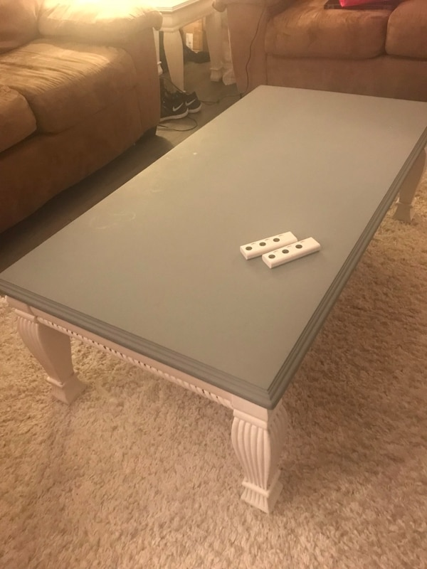 Used 5 piece Living room set and accent pieces for sale in ...