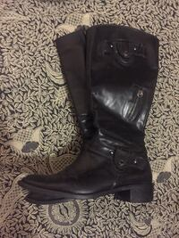 Women's Leather Boots w/Zippered Pockets! Vancouver, V5W 1H9