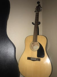 brown and black acoustic guitar Carbon Hill, 35549