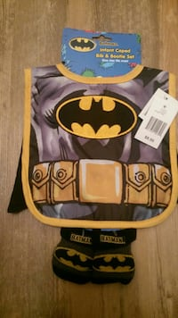 baby's Batman caped bib and bootie set Jacksonville, 32258