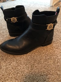 Women's boots size 7 Norfolk, 23517