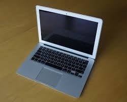 Price is firm 13inch Apple MacBook Air (read details)