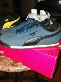 pair of blue Nike running shoes with box Columbus, 43207