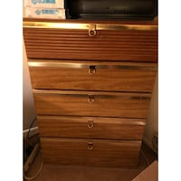 Set of 2 dressers Manchester Township, 08759