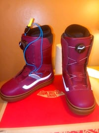 pair of red leather boots Long Beach, 90808