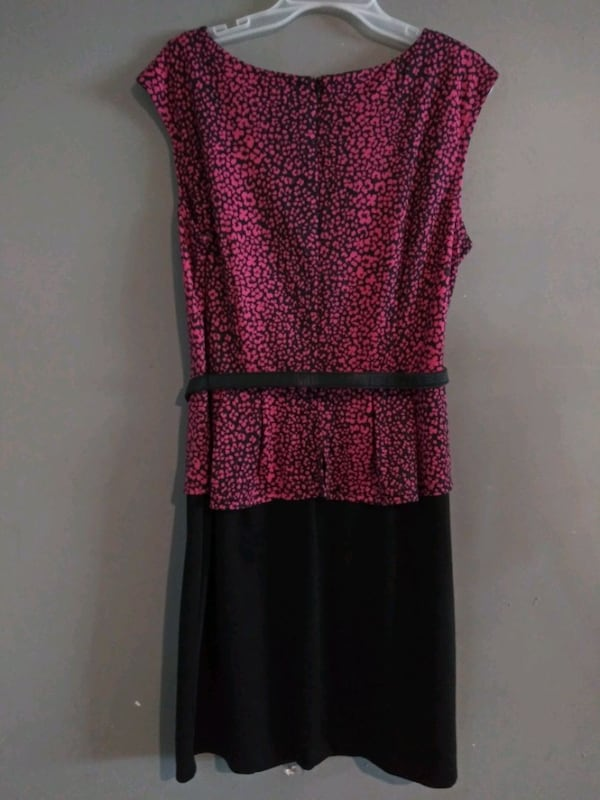 ***WOMEN'S SIZE 16 FORMAL DRESS!*** 418ce77c-71f7-456a-ae22-865c830295da