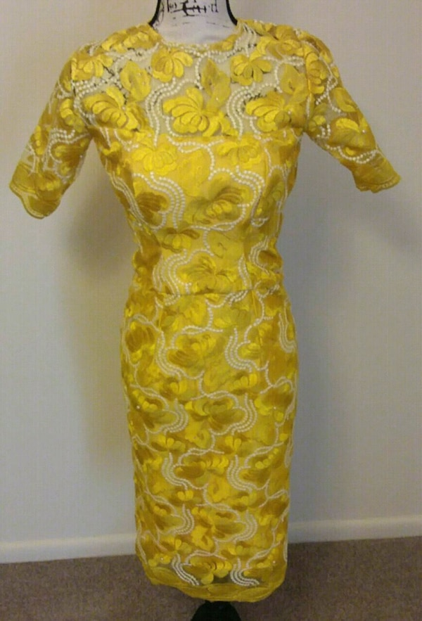 YELLOW FLORAL LACE DRESS.  3 DIFFERENT SIZES. b5be26f8-dfbb-485f-953b-8a8a8ed922e1