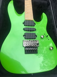 Green electric guitar Norfolk, 23502