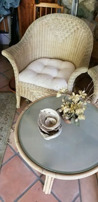 Wicker Set w/2 chairs  Goleta, 93117