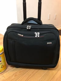 Solo Cary on luggage / laptop bag 29/obo Mississauga, L5M 0G9