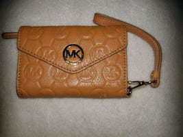 Michael Kors old style wallet in great shape