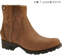brown leather boots with box Laurel, 20708
