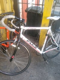 Fuji newest 1.0 road bike price is negotiable