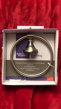 Better  homes and gardens towel ring Tipp City
