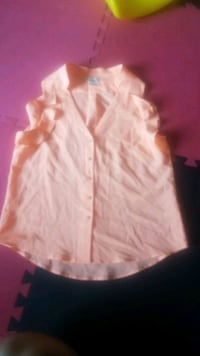 H&M coral blouse, worn once to my bridal shower Etobicoke, M9V