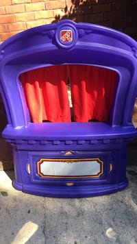 blue and red plastic toy organizer