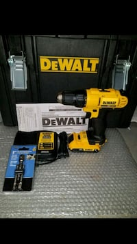 New dewalt 20v MAX drill/driver with 2.0ah battery Chantilly