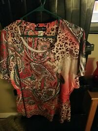 white, red, and black floral scoop neck t-shirt Woodlawn, 21244