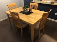 Dining table set with 4 chairs 3725 km