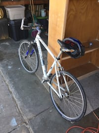 21 speed specialized (rockhopper all original approx:2yrs  old never been wrecked and is not stolen.earned from sweat of my brow.its a very fast bicycle and brakes are new all very well maintained n lubed , perfect for student or just for outdoor fun San Jose, 95121
