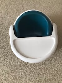 Mammas and pappas baby snug and activity tray infant seat 30 km