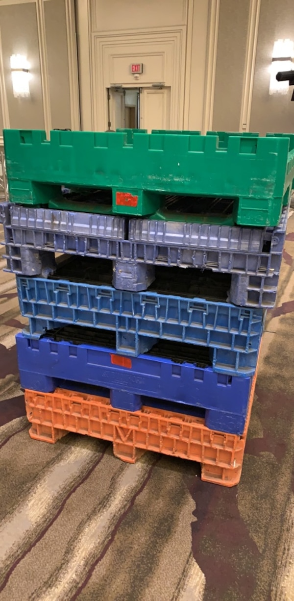 "FSix 45x48x34"" (high)  Collapsible Pallets"