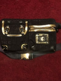 RW pouch Metairie, 70001