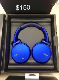 Sony headphones,MDRXB950N1, new in open box Toronto, M3A 1A3