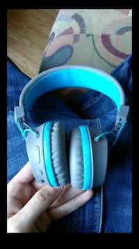 blue and gray wireless headphones Central Falls, 02863