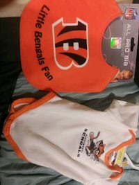 3 to 6 months Bengals onesie and bib $10 Florence, 41042