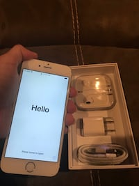 iPhone 6 Gold with box + accessories  Houston, 77039