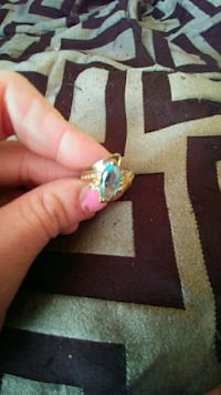 Womans ring