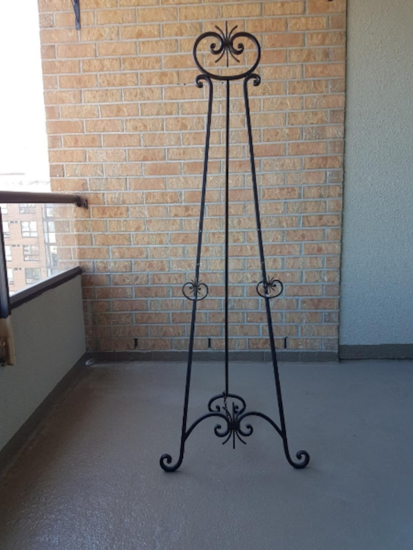 Black Wrought Iron Decorative Floor Stand Easel