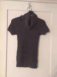 H&M grey turtle neck sweater Toronto, M5G 1P5