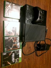 black Xbox One console with controller and game ca West Kelowna, V4T 2Y3