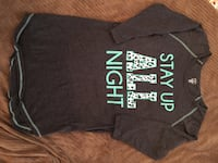 Ladies med size night shirt Calgary, T3K 6J7