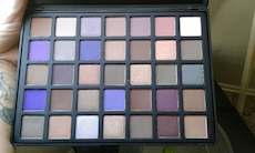 EYESHADOW PALETTE BY BEAUTY CREATIONS