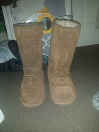 Bearpaw women's boots Baltimore
