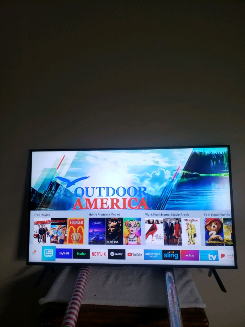 Photo 60 inch Samsung 4K smart tv