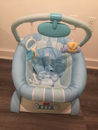 baby's blue and white bouncer Gaithersburg, 20878