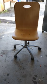 Wooden wooden student chair adjustable on it London, N6C 4P9