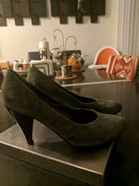 Leather Heels size 40 Los Angeles, 90025