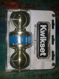 Kwikset Bed & Bath Doorknob Set (brand new) Gaithersburg, 20879